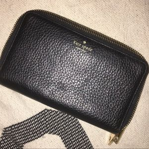AUTHENTIC KATE SPADE LEATHER CLUTCH